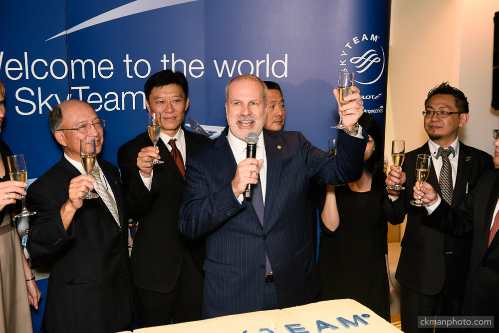 Skyteam management toasting at the grand opening event of Skyteam lounge in Hong Kong International Airport HKG.